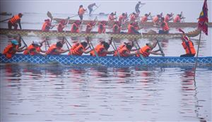Hanoi open dragon boat race 2019 kicks off.