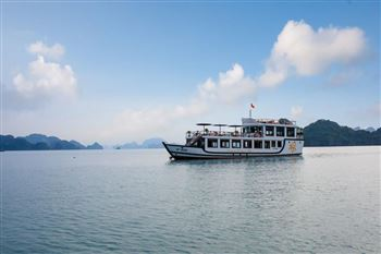 ORCHID LUXURY DAY CRUISE IN LAN HA BAY