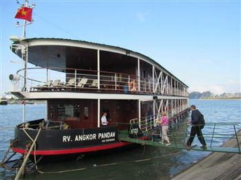 PANDAW HALONG BAY, RED RIVER & LAOS MEKONG DOWNSTREAM CRUISE